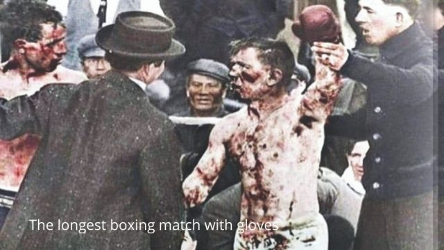 The longest boxing match with gloves Photo